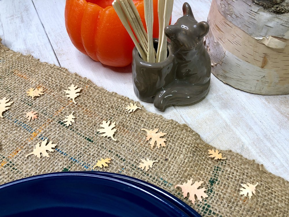 Simple and Relaxing Watercolor Leaf Crafts for Fall - Learn 4 Easy Autumn Paper Leaf Crafts.  #autumn #autumncrafts #diy #thanksgivingtable #tablescape #stressfree #crafting #modpodge #modpodgeultra #selfcare #fallhomedecor #falldecorations #falldiy #watercoloring #howtowatercolor